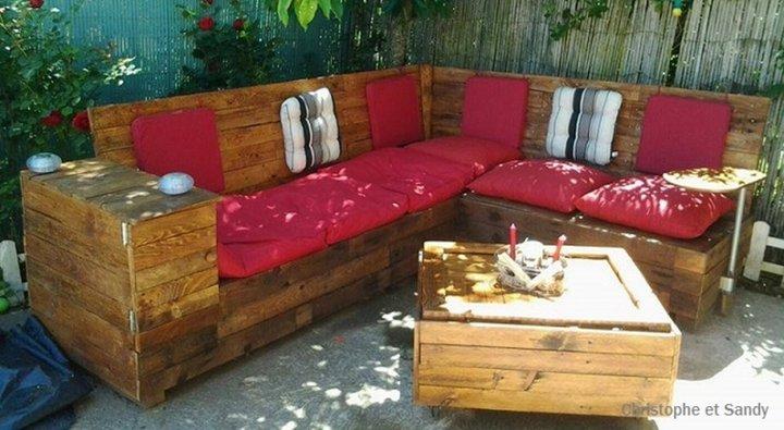 astuces avec des palettes r cup r es album photos. Black Bedroom Furniture Sets. Home Design Ideas