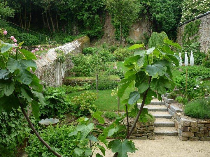 L'accès au jardin.