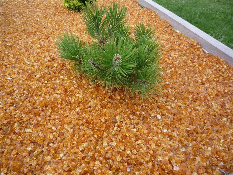 Pailler le sol au jardin - Paillis de lin ...