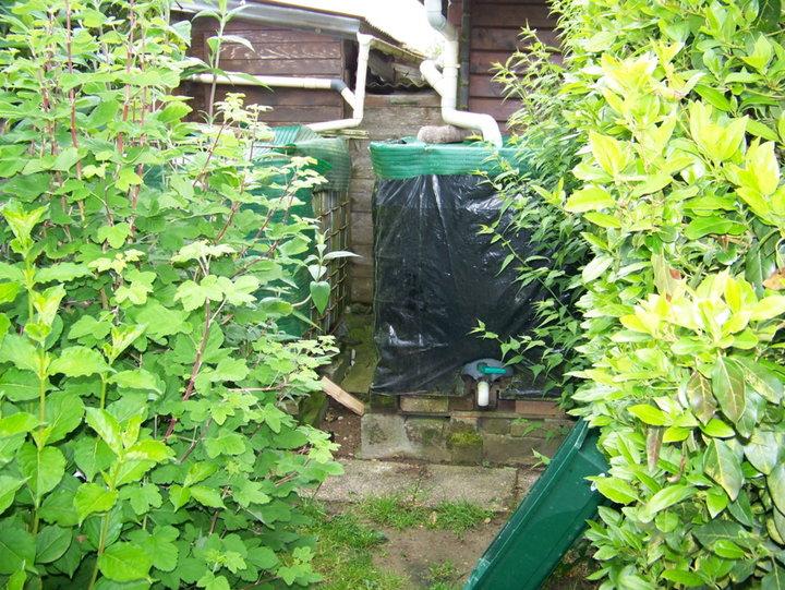 2 cuves récupérateur d'eau