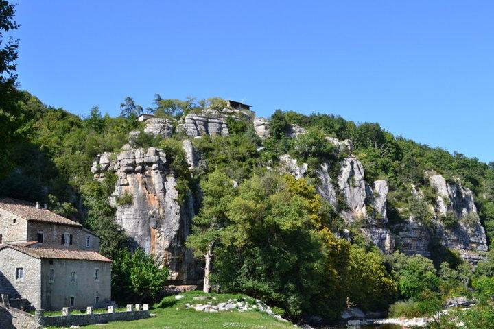 Labeaume un des nombreux village classé parmi les plus beaux village de france