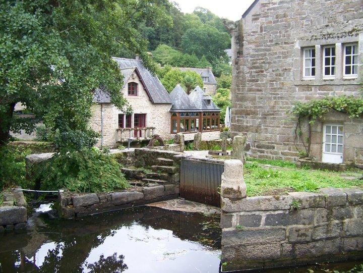 Moulin..
