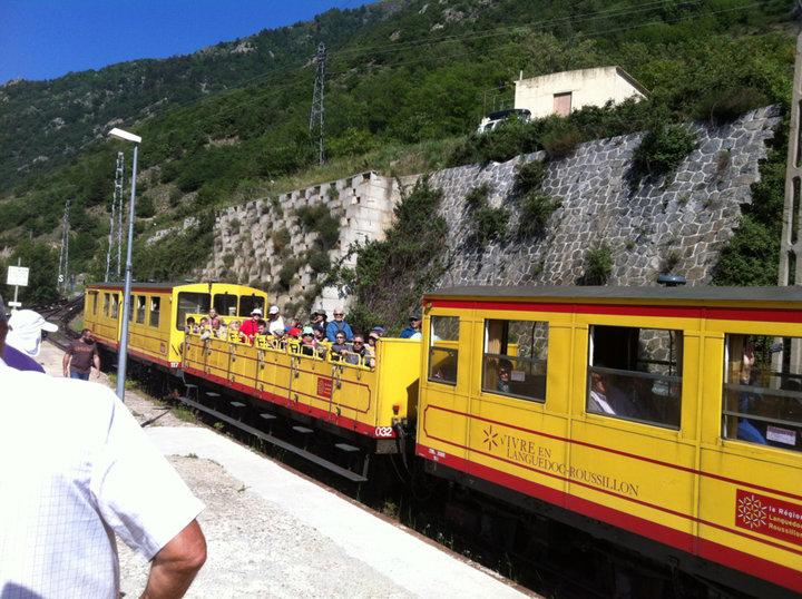 Train jaune PO.