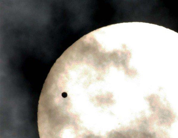 Vénus se promene