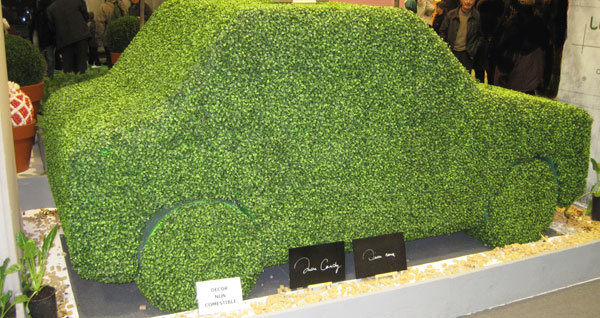 Voiture végétale verte