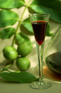 Le vin de noix et la tradition