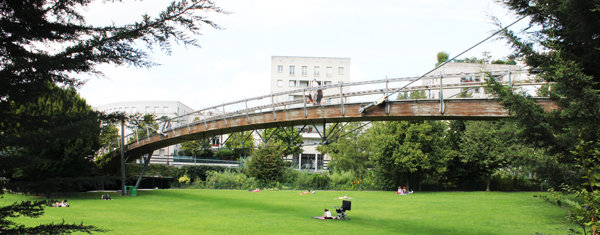 Viaducs et passerelles pour passer d'un arrondissement à un autre